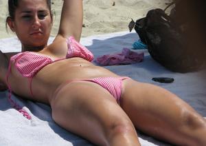Spy-Voyeur-of-Sexy-Bikini-Girl-g7a5bvla0v.jpg