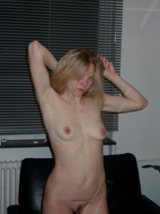 Blonde-MILF-Around-the-House-v7bft24amg.jpg